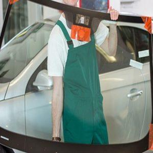 Sustitución de lunas de coche en Mallorca realizada por profesionales